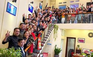 Tiếp nối trend khoe ảnh đại gia đình năm ngoái, dân mạng phát hiện ra 'kỷ lục' nhà có 407 thành viên đây này!
