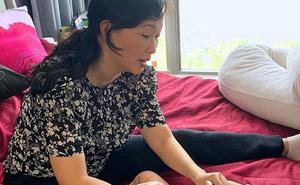 Shark Linh lần đầu lộ ảnh bỉm sữa xuề xòa ngồi chăm con gái khiến người hâm mộ phản ứng bất ngờ