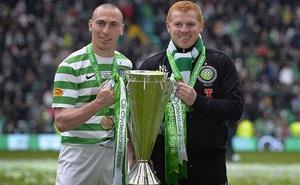 """HLV Celtic mô tả """"cầu thủ như những con thú bị giam cầm"""""""