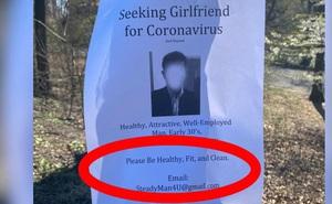 Chàng trai dán tờ rơi tuyển bạn gái trên khắp các thân cây trong công viên, nhìn kỹ yêu cầu hàng đầu ai nấy đều giật mình