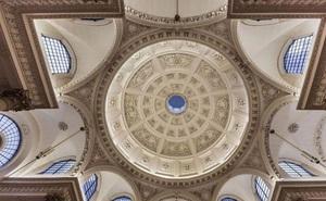 9 trần nhà đẹp kinh điển ngắm đến mỏi gáy vẫn chưa chán
