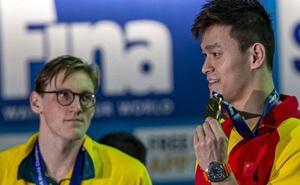 """Tẩy chay siêu kình ngư Trung Quốc, nhà vô địch Olympic bị """"khủng bố tinh thần"""" dữ dội: Mất nguyên đàn chó, chết cả vườn cây"""