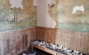 Bí mật bất ngờ về bức tường trong ngôi nhà cổ