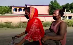 Không có tiền, con gái 15 tuổi đạp xe 1200km chở bố về quê và cái kết bất ngờ