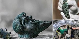 Phát hiện 'đèn thần Aladdin' 2.000 năm tuổi bên trong thành phố cổ