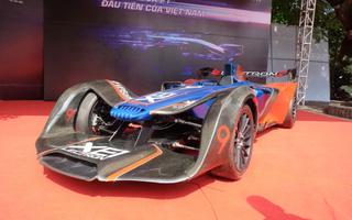 Cận cảnh xe ô tô điện tích hợp công nghệ số đầu tiên thiết kế và sản xuất tại Việt Nam