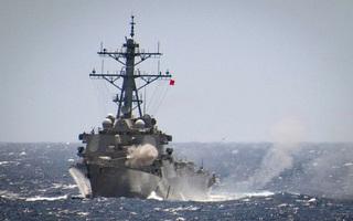 TQ cấm tàu chiến Mỹ đến Hồng Kông, Thượng nghị sĩ Mỹ liền nói: Vậy chúng tôi sẽ tới Đài Loan