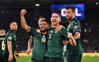 'Thổi bay' Hy Lạp, Italia đoạt vé dự EURO 2020 trước 3 lượt trận