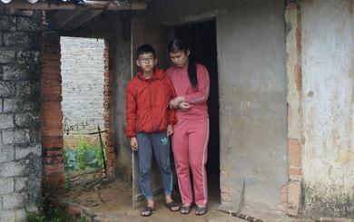 """Ông Đoàn Ngọc Hải muốn """"khẩn trương"""" giúp hai mẹ con mù đáng thương ở Nghệ An, cứu đôi mắt cháu bé"""