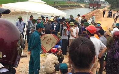 Cả trăm người giăng lưới, chạy thuyền dọc sông Đào tìm kiếm thi thể nam sinh lớp 6