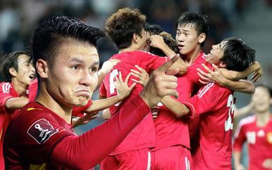 """Sự """"ngớ ngẩn"""" của bóng đá Trung Quốc, hóa ra giống bí quyết thành công của Quang Hải và bầu Đức"""