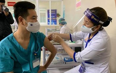 Hà Nội tiêm vaccine Covid-19 cho 5,1 triệu dân: Ai sẽ được ưu tiên tiêm trước?