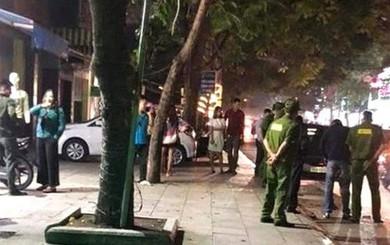 2 nữ sinh mâu thuẫn trên trường, ở nhà bố kéo người đến nổ súng giải quyết giúp con