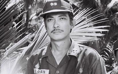 """Chánh Tín và """"đỉnh cao Nguyễn Thành Luân"""" trong Ván bài lật ngửa"""