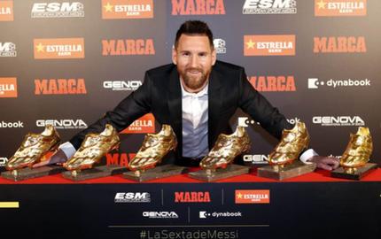 """3 điều Messi cần làm để tiếp tục cho Ronaldo """"hít khói"""" ở giải thưởng Quả Bóng Vàng năm nay"""