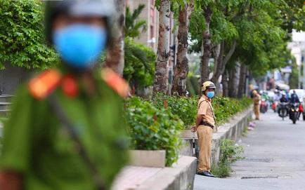 Công an khám xét nhà Phó chủ tịch TP.HCM Trần Vĩnh Tuyến vừa bị khởi tố
