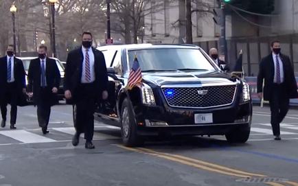 Tổng thống Joe Biden được hộ tống tới Nhà Trắng