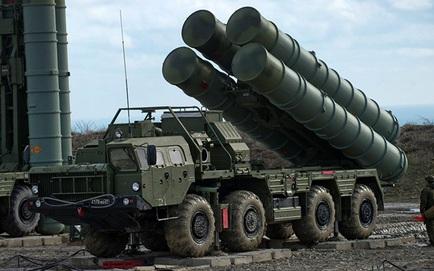 """Ấn Độ ồ ạt cử người sang Nga: Tình thế cấp bách, tiết lộ thời điểm S-400 """"khè lửa"""" với Trung Quốc"""