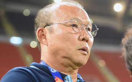 """""""Ông Park đưa ra nhiều thay đổi, như để chứng minh khả năng của ĐT Việt Nam chỉ đến vậy"""""""