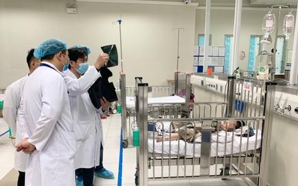 Bác sĩ Bệnh viện Nhi TƯ: Bé gái ngã từ tầng 12A chung cư đã tiếp xúc tốt, siêu âm không có dấu hiệu bất thường