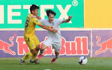 [TRỰC TIẾP V.League] HAGL 1-0 Hà Nội FC: Xuân Trường lập siêu phẩm sút xa, mở tỉ số trận đấu