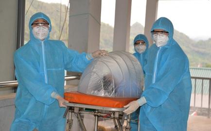 Sáng nay, 13 F1 ở Hà Nội trở thành F0; 2 nhân viên y tế từ chối xét nghiệm cho F1
