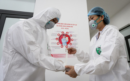 Hà Nội thêm 21 ca dương tính SARS-CoV-2, có nhân viên bán hàng và quản lý siêu thị. TP HCM đề xuất dừng tiếp nhận cai nghiện ma túy