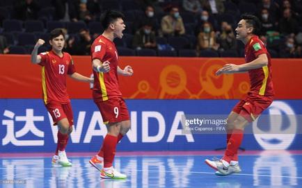 [TRỰC TIẾP] Việt Nam 1-2 Nga: Việt Nam xuyên thủng mành lưới á quân thế giới