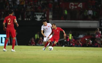 TRỰC TIẾP Indonesia 0-0 Việt Nam: Trọng Hoàng dứt điểm bất ngờ về phía khung thành Indonesia