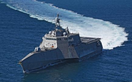 """Điều 2 tàu tác chiến cận bờ đến biển Đông: Mỹ """"nắn gân"""" Trung Quốc bằng thay đổi tinh tế gì?"""