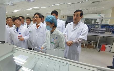 2 người Việt nghi ngờ viêm phổi Vũ Hán nhập viện tại Hà Nội