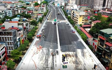 Đường Vành đai 2 trên cao từ góc máy flycam: Đoạn Ngã Tư Sở - Vọng gần hoàn thiện, mặt đường đã trải asphalt