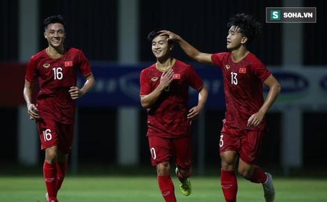 HLV Park Hang-seo loại 5 cầu thủ, chốt danh sách giàu sức tấn công hòng đấu UAE