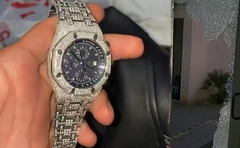 Tay đấm người Anh cười hả hê vì kẻ trộm bỏ quên chiếc đồng hồ kim cương đắt giá khi 'ghé thăm' nhà