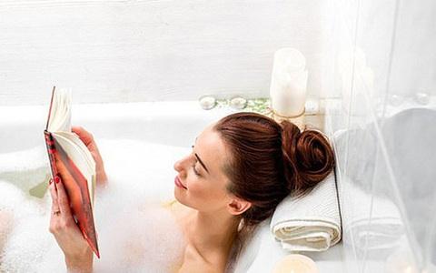 Khi tắm đừng mắc 3 sai lầm này kẻo tổn thương da