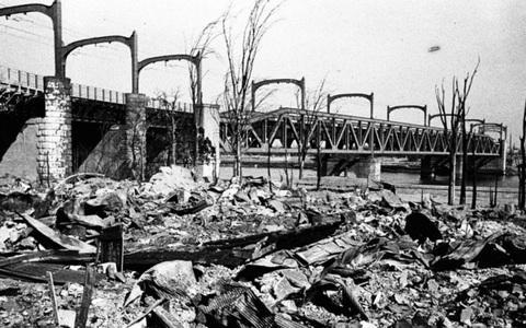 Vụ ném bom nào của Mỹ khủng khiếp hơn Hiroshima và Nagasaki?