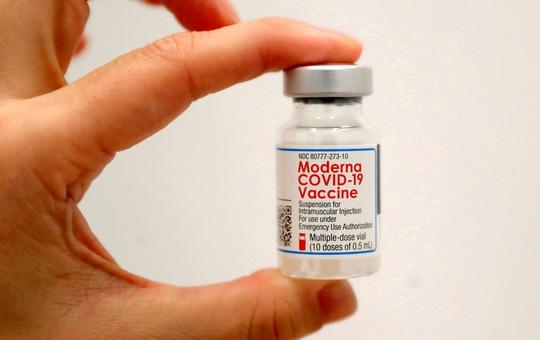 Mỹ chính thức phê duyệt liều tăng cường của vaccine Moderna và J&J? Những ai đủ điều kiện?