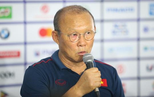 Vòng loại U23 châu Á: Thái Lan, Singapore gây thất vọng; thầy Park lo ngại kịch bản xấu