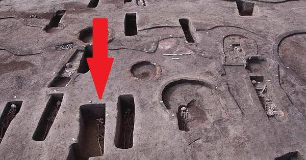 Bật nắp 110 mộ cổ 5.000 năm: Chuyên gia khảo cổ không tài nào giải thích được những thứ bên trong