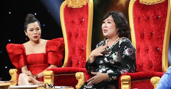 NSND Hồng Vân bật khóc xin lỗi con trai nghệ sĩ Hoàng Sơn vì từng