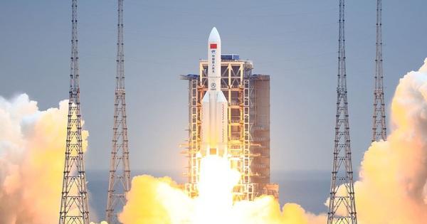 """BNG Trung Quốc trả lời về tên lửa """"mất kiểm soát"""": Từ chối đưa ra dự đoán về điểm rơi"""