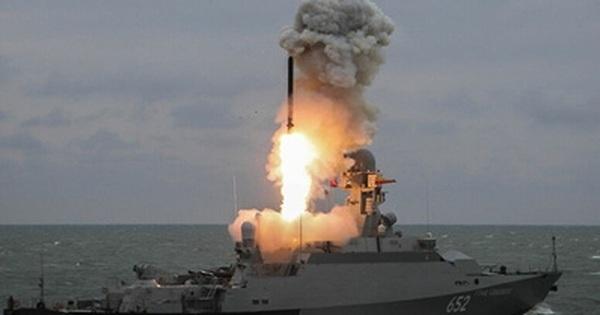 Ba mẫu tên lửa phi hạt nhân của Nga khiến đối phương khiếp sợ