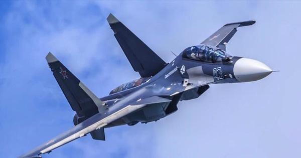 Tiêm kích Su-30SM của Nga và F-35A NATO đối đầu trên biển Baltic