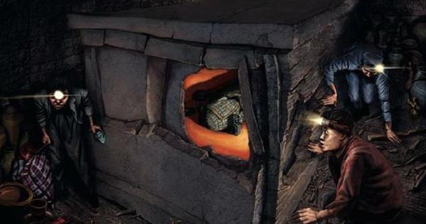Vào lăng mộ trộm cổ vật như đi chợ, đang ăn mừng sau thắng lợi 3 tỷ NDT, cả nhóm đã gặp báo ứng không ngờ!