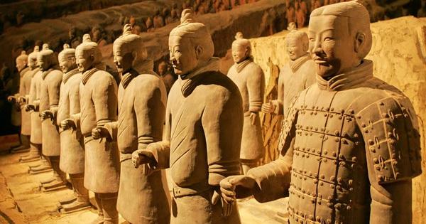 Ngôi mộ cổ kỳ lạ có đến 80 bộ hài cốt của kẻ ngoại lai: Khi tìm hiểu mới biết nguyên nhân thảm khốc đằng sau