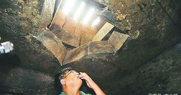 Lăng mộ tỏa hương thơm êm dịu khiến đoàn khảo cổ ngỡ ngàng: Mùi phát ra từ vách ngăn quan tài!