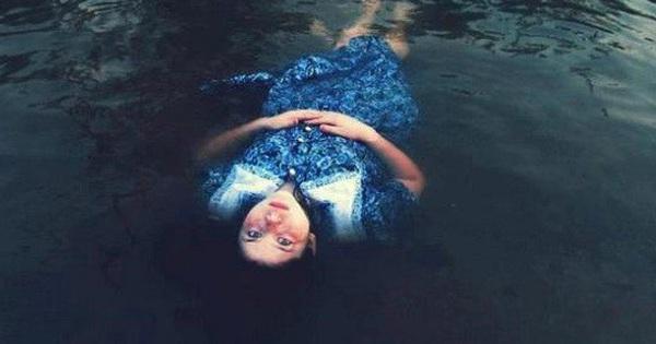 Cùng xuống nước nhưng người chết thì nổi, người sống thì chìm – Tại sao vậy? - bơi