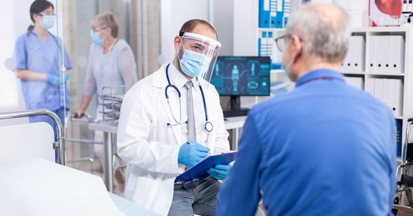 Nhiễm Covid-19 không triệu chứng hoặc triệu chứng nhẹ sẽ như thế nào?