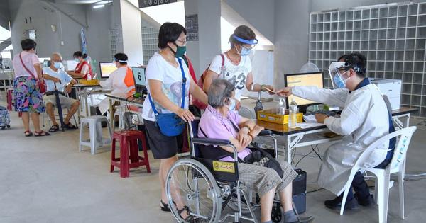 Đài Loan chính thức lên tiếng về nguyên nhân 49 người tử vong sau khi tiêm vaccine AstraZeneca