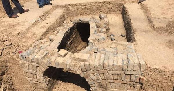 Đào được mộ cổ, ông lão bí mật mang gạch về nhà, nào ngờ vài năm sau gặp 'tai ương lớn'
